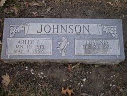 Arlee L Johnson