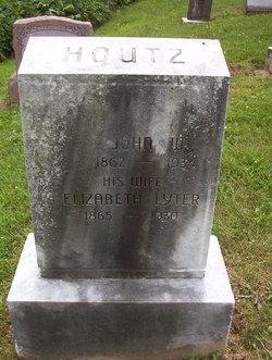 Elizabeth <i>Lyter</i> Houtz