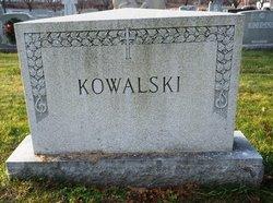 Edmund M Kowalski