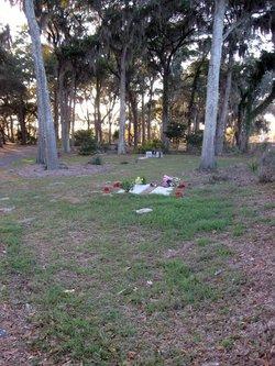 Sixteen Gate Cemetery