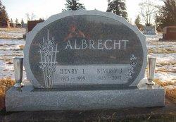 Beverly J. <i>Aschbrenner</i> Albrecht