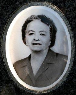 Anna DeLuca