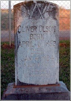 Oliver Olson