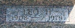 Leo H Bersch