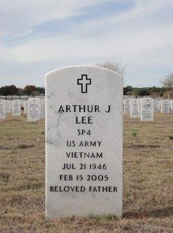 Arthur J Lee