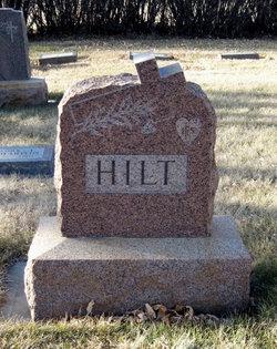 Elizabeth <i>Suek</i> Hilt