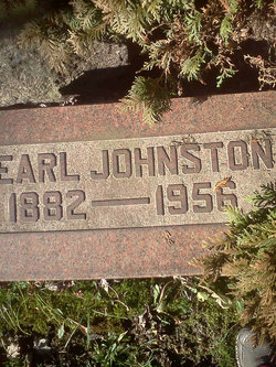 Pearl <i>Johnston</i> Boyer