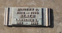 Lawrence L Larry Beach
