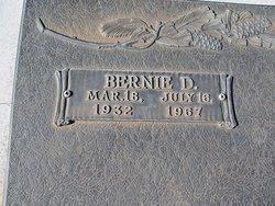 Bernie D Smith