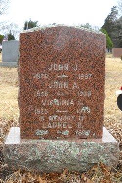 Laurel D Berrio