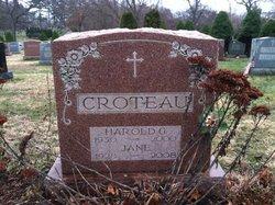 Jane <i>Isensee</i> Croteau
