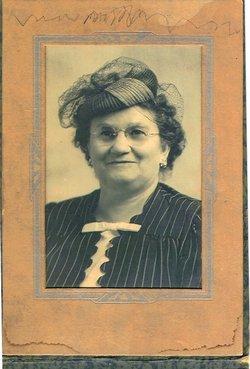 Mary W. <i>Kurth</i> Finnestad