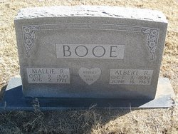 Mattie Lou Mallie <i>Reynolds</i> Booe
