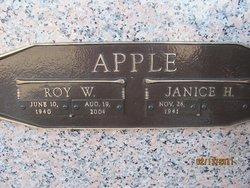 Janice <i>Hood</i> Apple