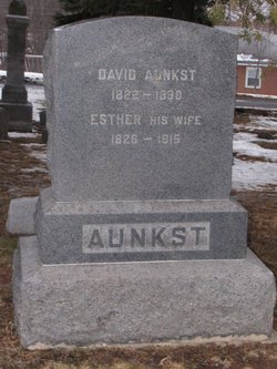 Esther Aunkst