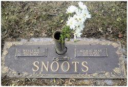 Mamie May <i>Gladwell</i> Snoots