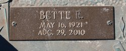 Bette Elaine <i>Cook</i> Briggs