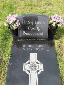 Holly Beth <i>Moody</i> Broussard