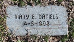 Mary E Daniels