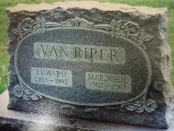 Edward Van Riper