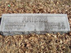 Margaret <i>Reisert</i> Ariens