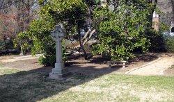 Chapel  of  the  Cross   Episcopal  Churchyard
