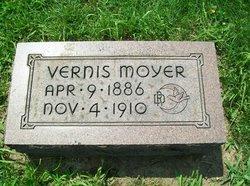 Vernis Moyer