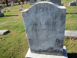 Otis L Avery
