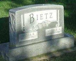 Vesta K <i>Reimann</i> Bietz
