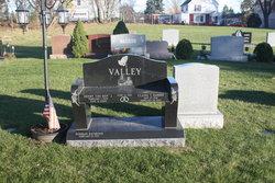 Henry J Valley, Jr
