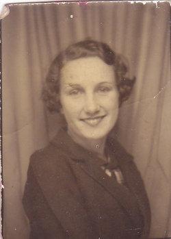 Mary Alice <i>Folsom</i> Collins