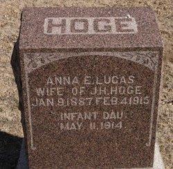 Anna E <i>Lucas</i> Hoge