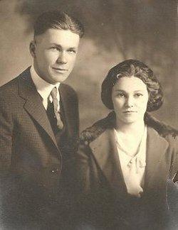 Lillian Tempest <i>Kelly</i> Gable
