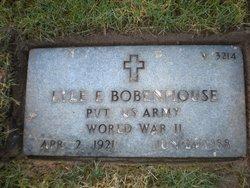 Lyle E Bobenhouse