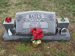 Linda B <i>Stinnett</i> Bates