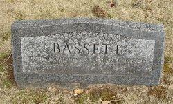 Ruth M <i>Watrous</i> Bassett