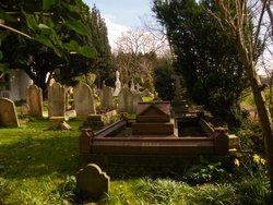Perivale Churchyard St Mary the Virgin