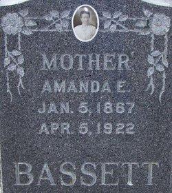 Amanda E. Bassett