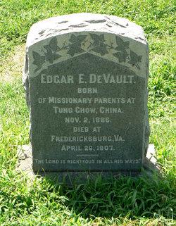 Edgar E DeVault