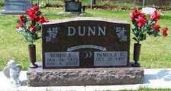 Robin E Dunn