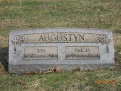 Emilija Augustyn