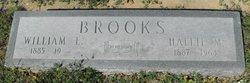 Mrs Hallie Mae <i>Hassell</i> Brooks