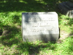 Bertha <i>Kaiser</i> Hofeller