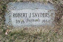 Robert J. Snyders, III