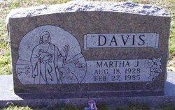 Martha Jane <i>Niswonger</i> Davis