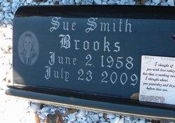 Sue <i>Smith</i> Brooks