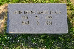 Dr John Irving Magee, III