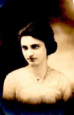 Edna E. Ahrens