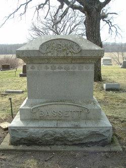 Diana B. <i>Boyer</i> Bassett