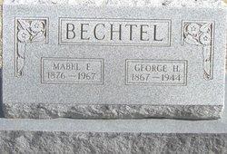 Mabel Eva <i>Mitchell</i> Bechtel